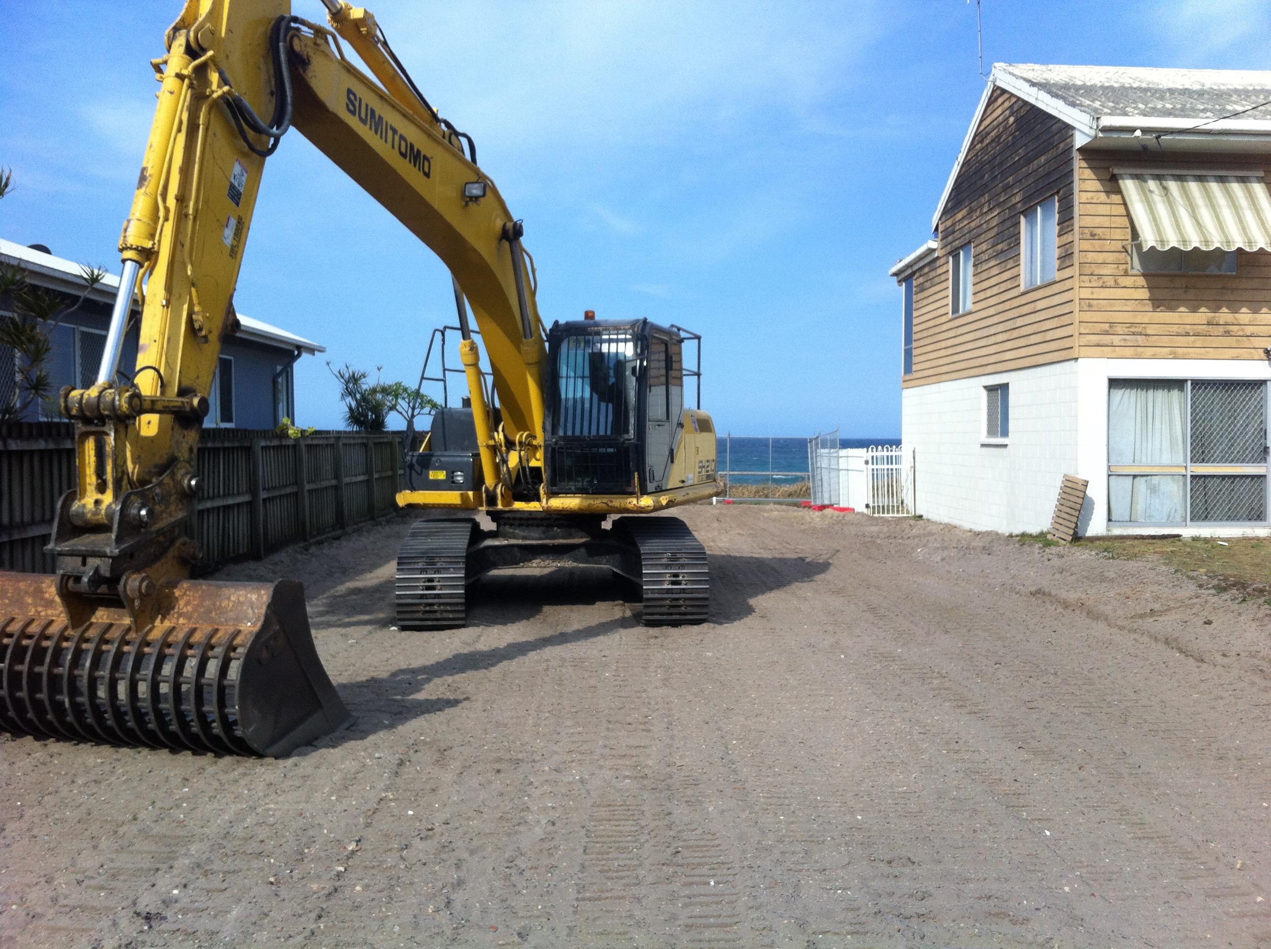 large demolition machinery gold coast